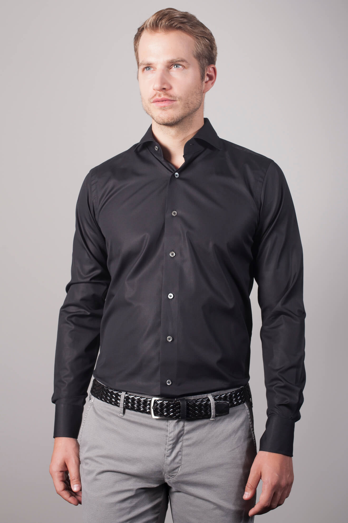 DU4-Shirts-True-Black-Slimfit-Hemd-1