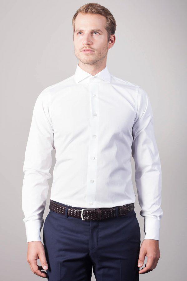 """Der Klassiker """"Henjo"""" in Weiß mit Umschlagmanschette"""