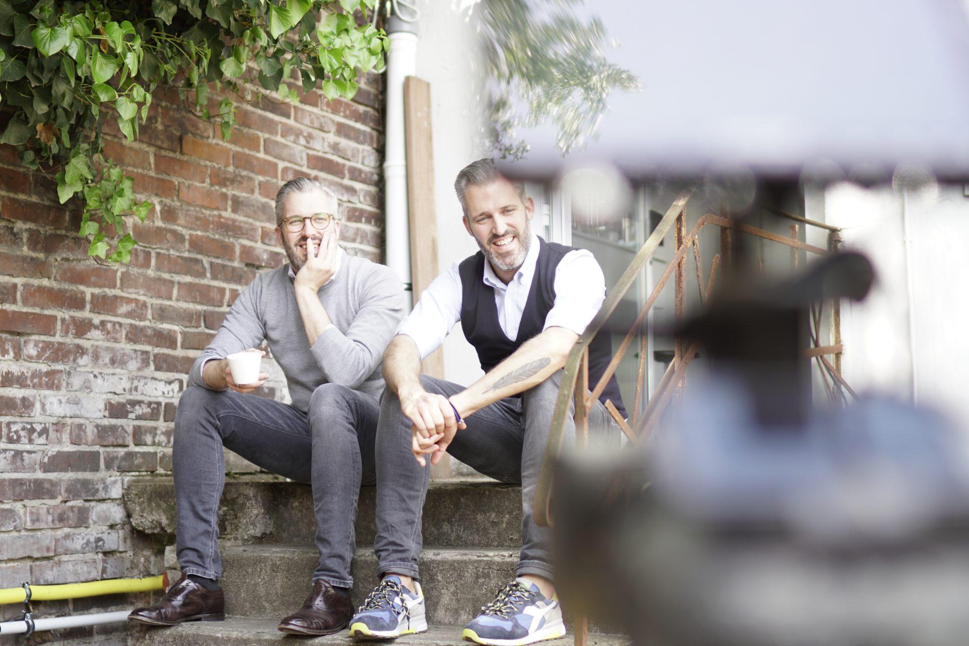Emanuel & David Dufour im Eingangsbereich